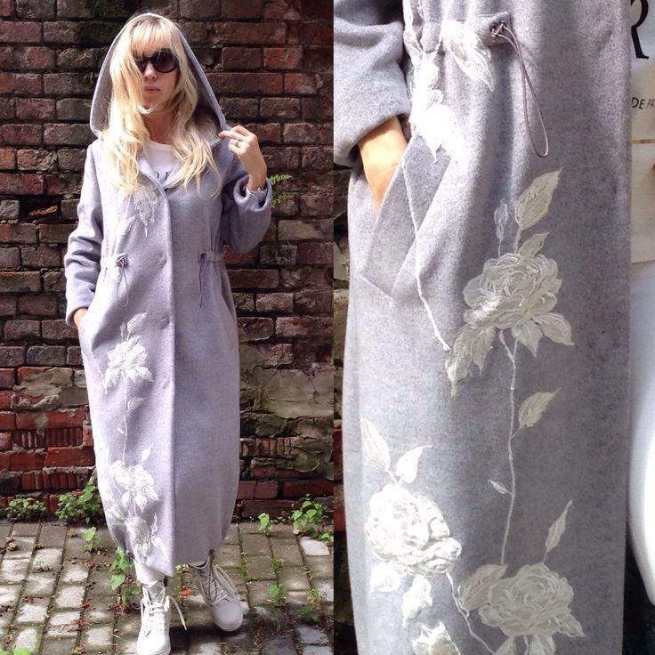 Купить Пальто с альпакой и розами. - тёмно-синий, пальто из альпаки, пальто с мехом, перчатки длинные