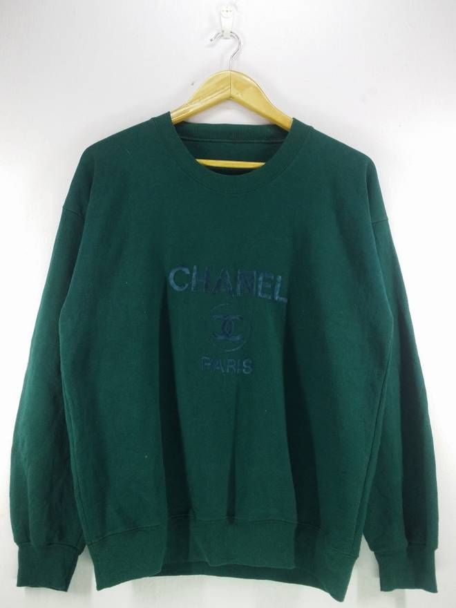 31951b93587e9 Vintage Vintage 90's Chanel Paris Logo Spell Out Embroidery Green Sweatshirt  Jumper Pullover Size Medium Size US M / EU 48-50 / 2