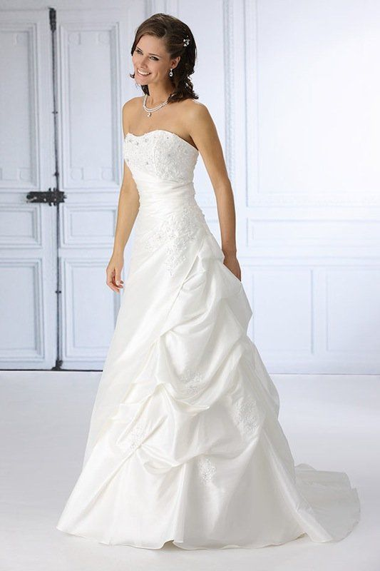 Trés Chic trouwjurk SN4059T white wedding dress witte trouwjurken trouwjurk bruidsjurk bruidsjurken www.weddingwonderland.nl