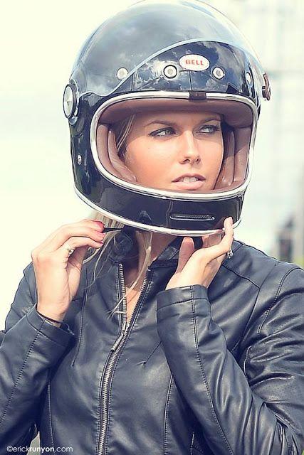 Cafe Racer Pasión — Wooow! Beautiful girl &Yamaha TX650 Cafe Racer...