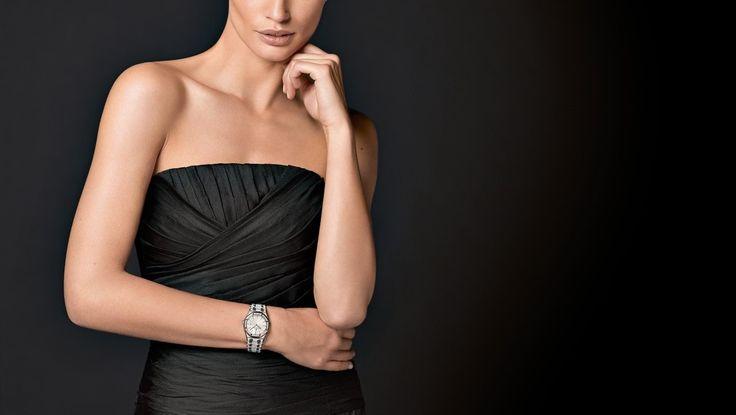 Tìm Đồng Hồ Đeo Tay Nữ Hàng Hiệu Cao Cấp Thụy Sĩ 5tr  Mọi rủi ro và tốn thời gian công sức khi mua đồng hồ đeo tay nữ hàng hiệu giá rẻ đã biến mất với sự đột phá về giá, mẫu mã và thương hiệu chỉ với số tiền không đến 5 triệu đồng để có được một mẫu đồng hồThụy Sĩ chất lượng tại Hải Triều.  Không chỉ đồng hồ đeo tay nữ thụy sĩ, đồng hồ đeo tay nữ cao cấp mà toàn bộ đồng hồ có bán tại Hải Triều đều được đảm bảo chất lượng bằng các chế độ Bảo Hành Sản Phẩm Đến 5 Năm. Khám phá ngay nhé!