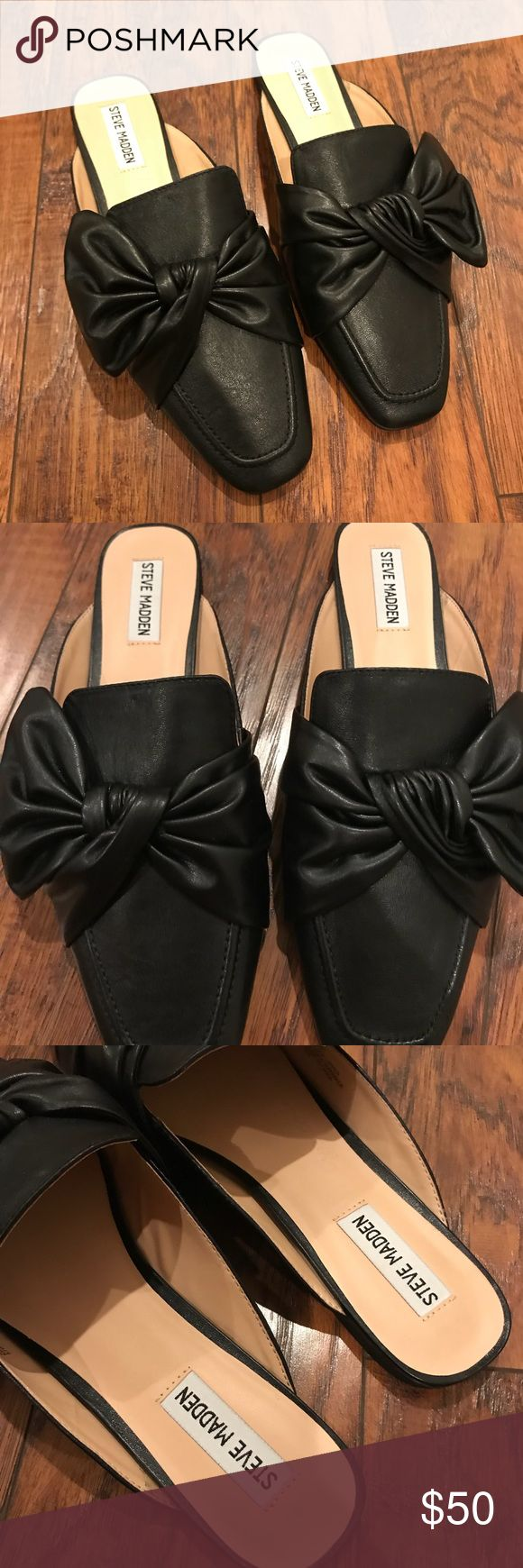 STEVE MADDEN Loafers! NEW Steve Madden Loafers with bow detail. These fit me a tad too small and I'm so sad to see them go!  Leather upper With box Steve Madden Shoes Flats & Loafers