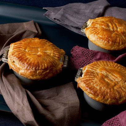 Cast Iron Pie Plate | Chicken pies in cast iron dishes