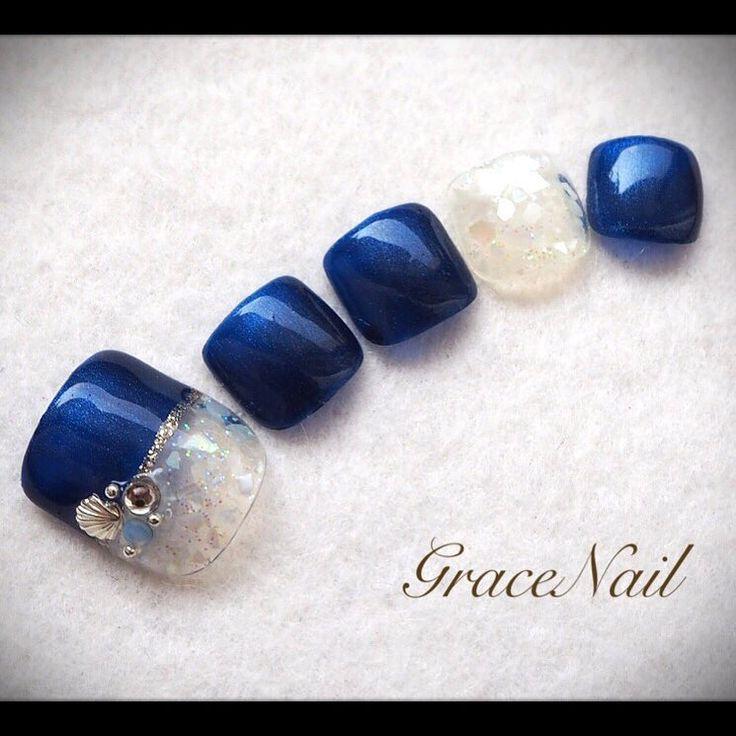 8月キャンペーンデザイン #nail #nailart #naildesign #nailinstagram #ネイル #ネイルアート #ネイルデザイン #ジェルネイル #ペディキュア #フットネイル #シェル #ネイビー #gracenailフット #gracenailシェル