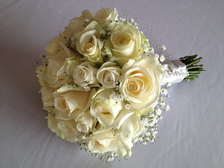 Always classy in white! Champagne Roses Bouquet. Chanan's Floral Events