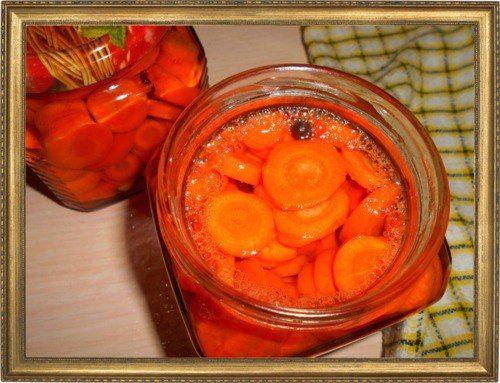 Маринованная морковь с чесноком.