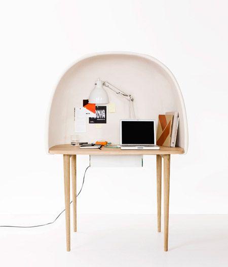 Little desk: Work, Ligne Roset, Gamfratesi, Computers Desks, Rewrit Desks, Furniture, Bureau, Gam Fratesi, Design