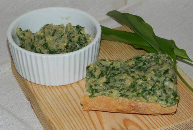 Retete Culinare - Salata de vinete cu leurda