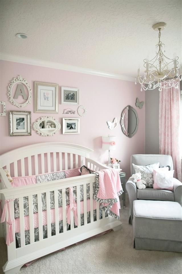 gray and pink nursery for a girl! Chambre Bébé décoration Nursery garçon fille baby bedroom boys girls enfant diy home made fait maison