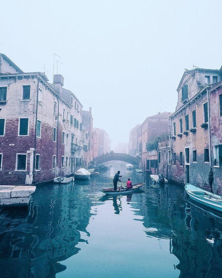 1,783 отметок «Нравится», 101 комментариев — Lorenzo Cinotti (@celestalis) в Instagram: «I dreamt of starlit brotherhood #celestalisblue #idreamt #truevenetian - #celestalis #venezia…»