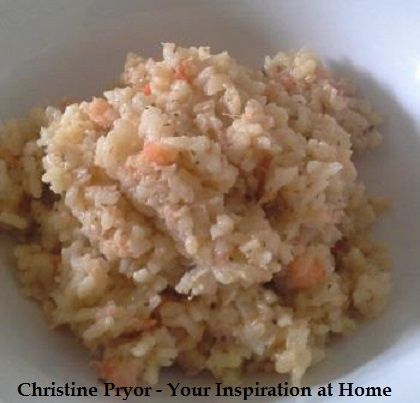 Quick Prawn Risotto. A quick risotto using the microwave. The recipes uses YIAH Mediterranean Oliv Oil, YIAH Herb & Garlic Dip Mix, onion, arborio rice, chicken stock, white wine, cocktail prawns and butter. Visit my Facebook page for the recipe - www.facebook.com/ChristinePryorYIAH