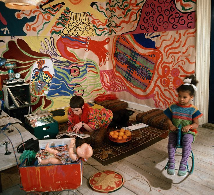 Neneh Cherry as a child with her textile artist mother Moki - stellar image!