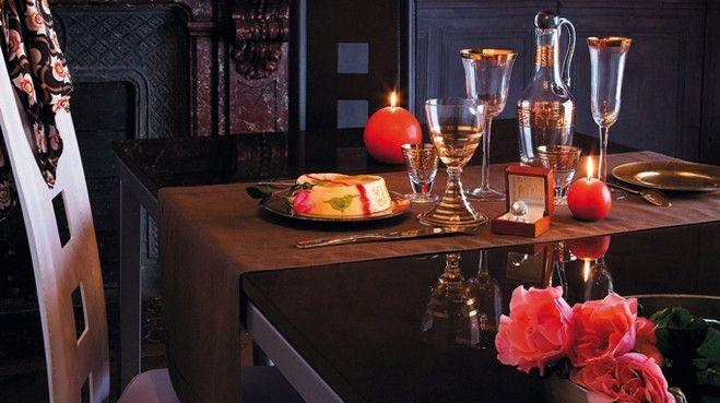 Pour un événement spécial ou simplement pour le plaisir de dîner en tête à tête, en amoureux, les repas romantiques sont toujours les bienvenus ! P...