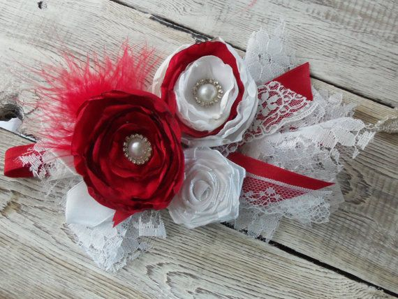 Девушка-обогатительного Девушка туалетный держатель младенца красный белый волосы банты красный белый кружевной цветок повязки-заставку новорожденных