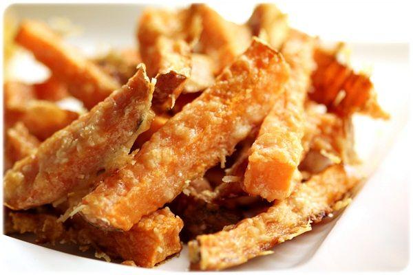 Søtpotetfries med parmesan | Sunnere Livsstil