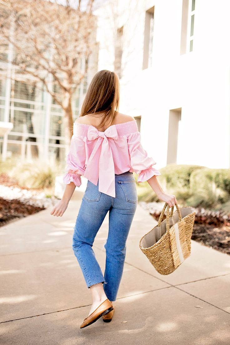 bow off the shoulder top | spring fashion | spring style | styling for spring and summer | warm weather fashion | fashion tips for spring | style ideas for spring || a lonestar state of southern