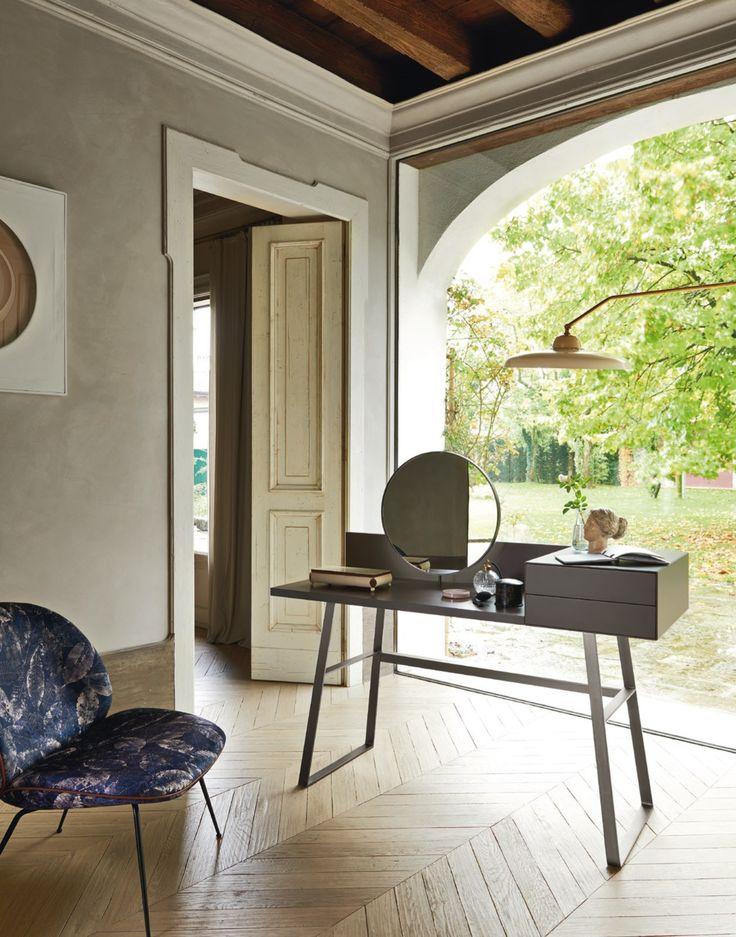 Scrivanie Da Camera - Idee per la casa e l\'interior design ...