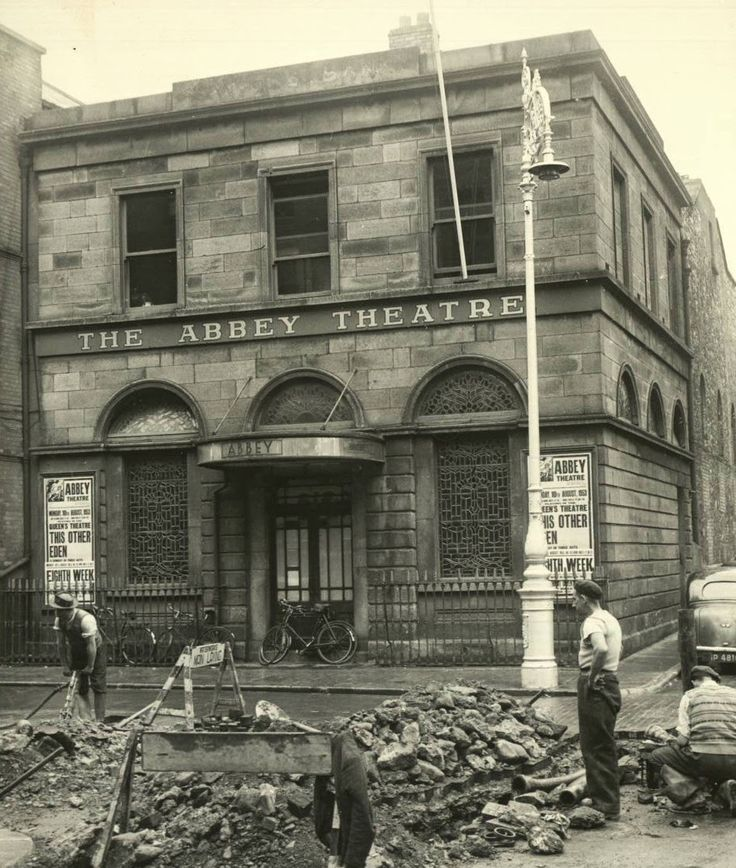 DUBLIN DOWN MEMORY LANE: The Abbey Theatre