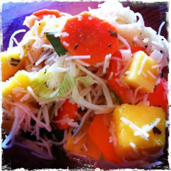 Möhren-Mango-Glasnudel-Salat mit Koriander Rezept eingesendet von: Silke   #Rezept #Glasnudeln