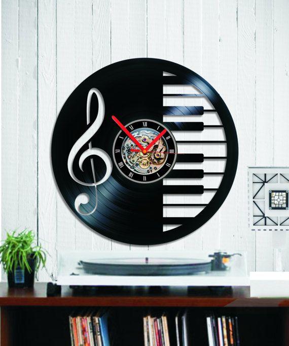 Vinyl clock Piano Sheet music Wall clock keybord by Indigovento
