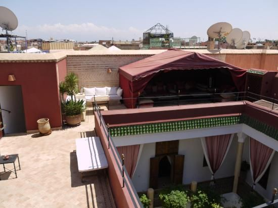 Book Riad El Zohar, Marrakech on TripAdvisor: See 401 traveller reviews, 212 candid photos, and great deals for Riad El Zohar, ranked #14 of 1,174 B&Bs / inns in Marrakech and rated 5 of 5 at TripAdvisor.
