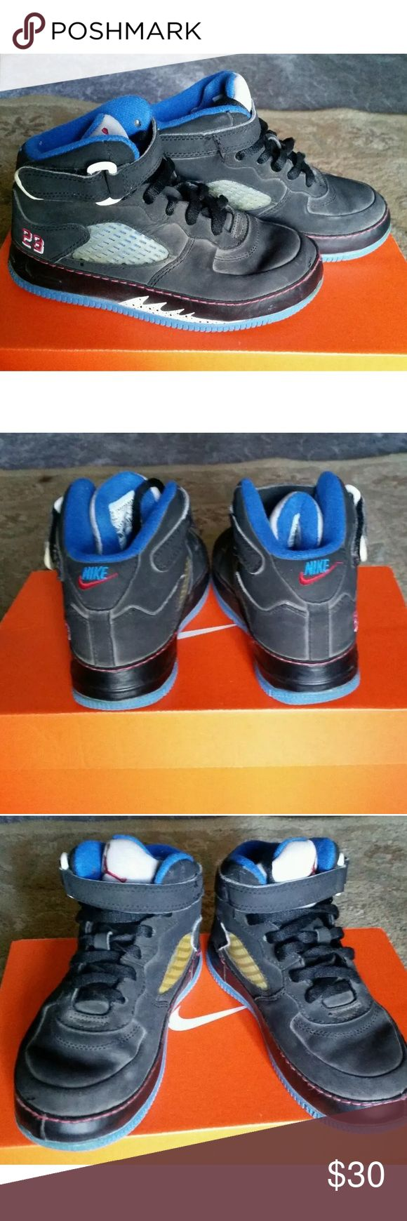 Kids Jordan Retro 5 size 12c Black and blue. Kids shoes. Minor scuff. Good condition overall. Jordan Shoes