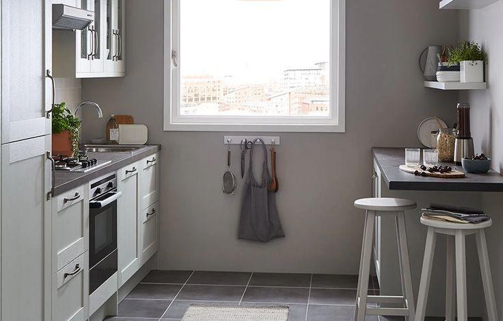 alpinia matt grey painted wood effect shaker fitted kitchens diy at b q in 2020 kitchen on kitchen interior grey wood id=26961