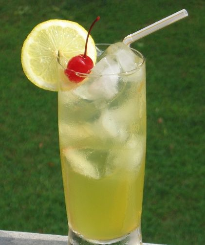 Lynchburg Lemonade | 1 oz. Jack Daniels Bourbon  1 oz. Triple Sec  1 oz. Sweet and Sour mix  4 oz. 7-Up (or Sprite)