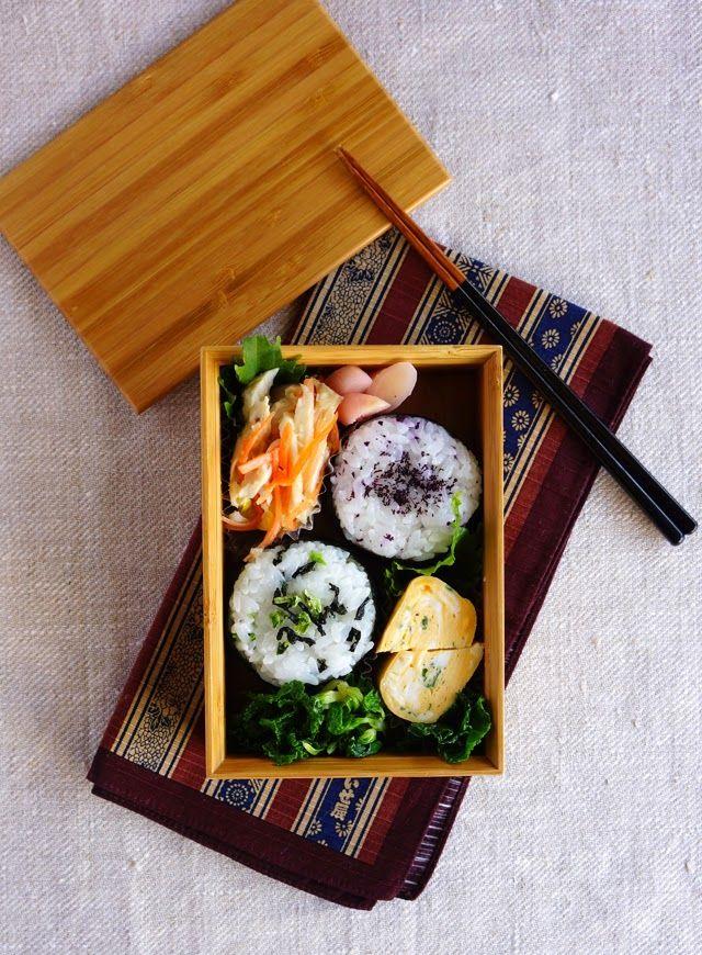 R journal: ゆかりと野沢菜おにぎり弁当・Riceballs bento