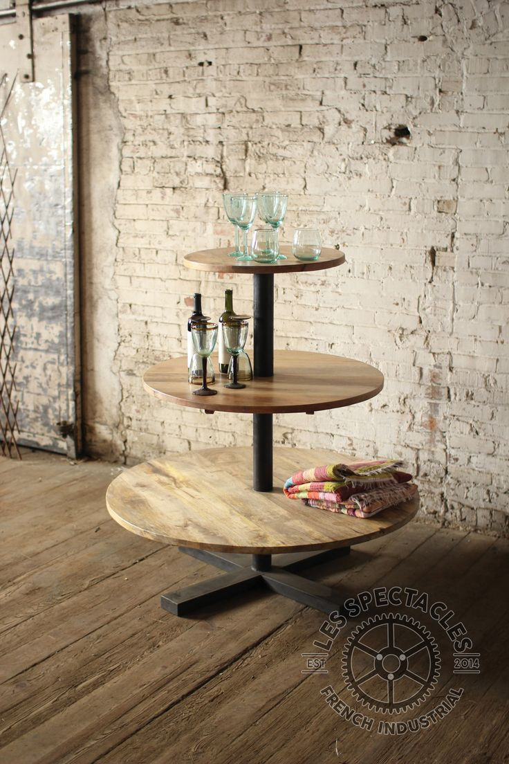 numro 1 iron wood display tower boutique store designretail