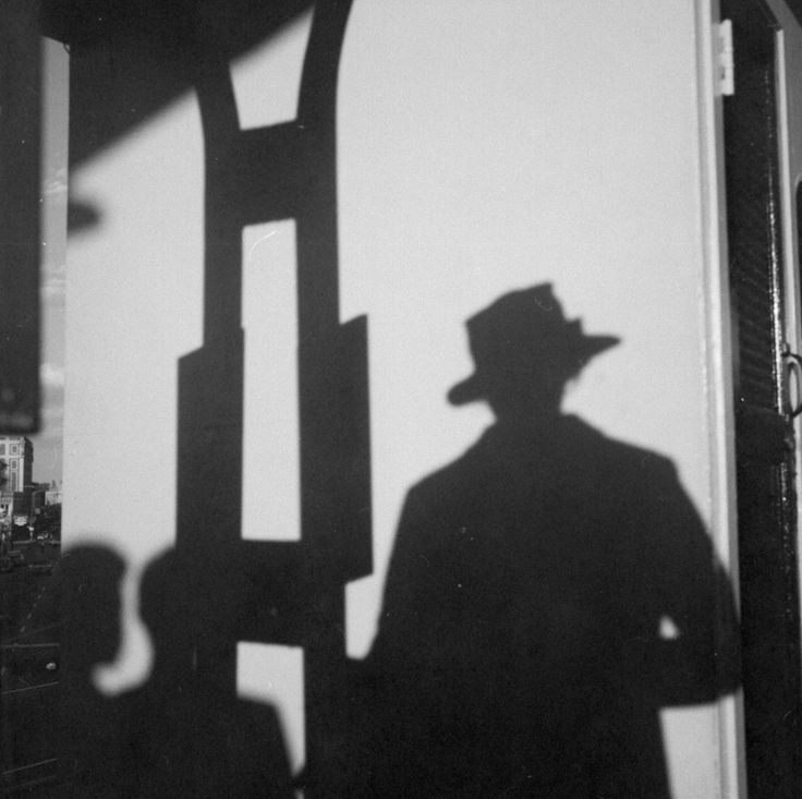 Vivian Maier, VM19XXW03655 – Self-Portrait, Chicago, n.d. Self-Portrait, Shadow with Hat, Printed 2017, KP Projects