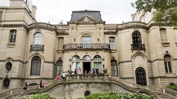 El Palacio Pereda: un rincón de París en el barrio de Recoleta
