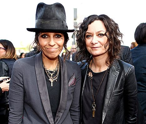Sara Gilbert Gives Birth, Welcomes Son With Linda Perry: First Photo - Us Weekly