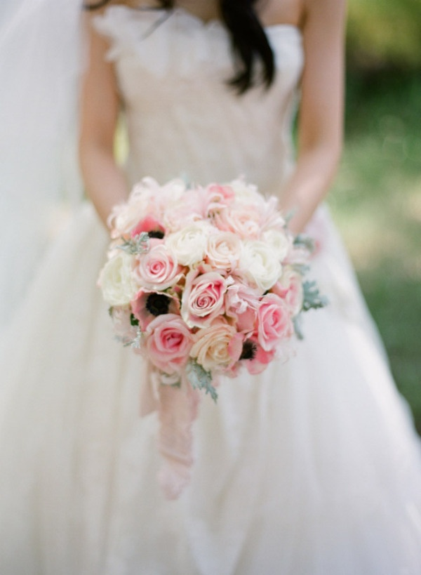 The bride's pink & white rose + anemone bouquet. Love! Photography by austinwarnock.com, Florals by ingelafloral.com/: Pink Wedding, Bridal Bouquets, Wedding Bouquets, Soft Pink, Wedding Flowers, The Bride, Pink Rose, Style Me Pretty, Bouquets Wedding