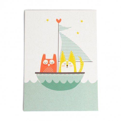 Kaart, uil en poes in zeilboot