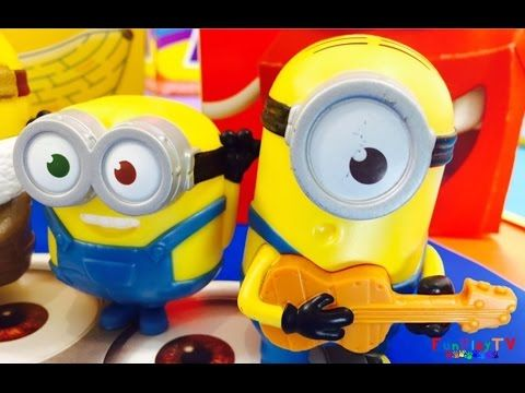 FunPlayTV have some TALKING Minions 2015 and Minions 2015 reactions from the 14 Minions to collect and we have provided Minions 2015 Review on these toys. This video presents Egyptian Hula Minion, Guard Minion, Talking Ice Cave Minion, Talking Kevin, Talking Stuart, Chatting Bob, Talking Bob and Talking Groovy Minion, Marching Soldier Minion, Flipping Pirate Minion, Martial Arts Minion, Talking Minion Caveman. The other Minions are Minion Vampire