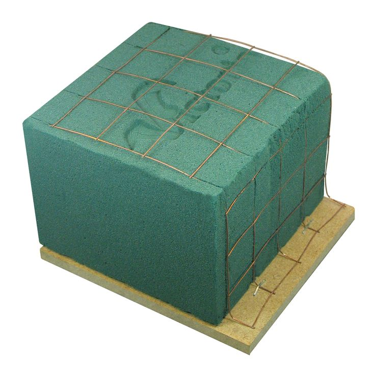 floral foam on the wooden base (6 sizes)