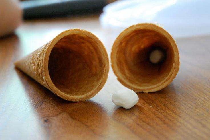 Use a #marshmallow to prevent #icecream cone leaks.: Icecream Cones, Coneheadsto Prevent, Melted Icecream, Miniatures Marshmallows, Leaky Ice, Buckeye, Minis Marshmallows, Conkers, Ice Cream Cones