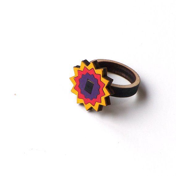 Star shaped wooden ring - model 17/2 - 20USD   - www.ardeola.hu