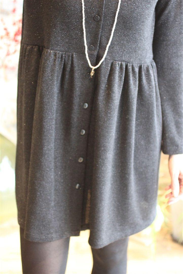 37b2bc67d6a La petite robe noire inspiration Maje par The LELI. Parfaite pour les fêtes.  E