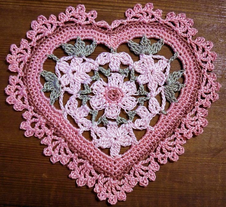 Heart crochet doily
