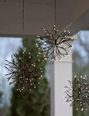http://www.gardeners.com/buy/lighted-led-branches-battery-operated-starburst/8591239.html#start=37