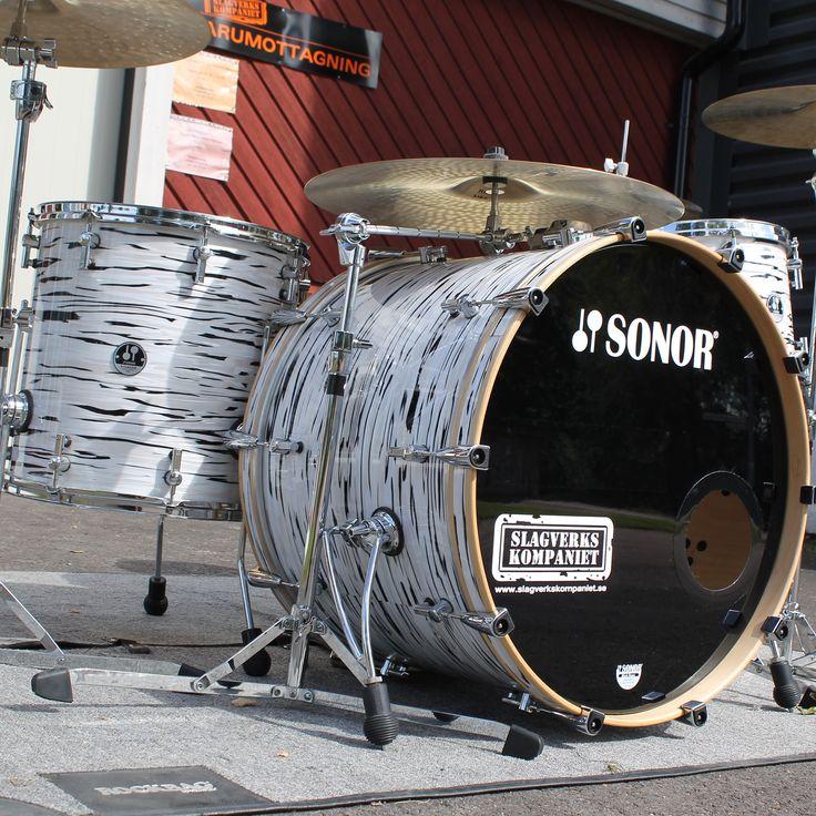 """Grymt Sonor S-Classic - Begagnat. 24"""", 13"""", 16"""" inkl virvel! Glöm inte att kolla in www.slagverkskompaniet.se #trummor #trommer #rummut #drums #slagverkskompaniet #forshaga #forshagarocks"""