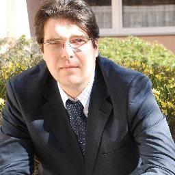Michael Ghezzo, auf #Twitter @Michael_Ghezzo - CEO von @Amy Confare www.confare.at. Event Expert, Author, Musician - real #SocialMedia Rockstar @conXious