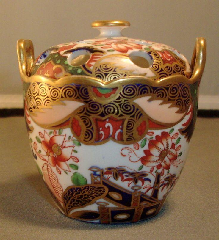 Spode 967 Imari or Japan Pattern Porcelain Violet Pot ca.1810