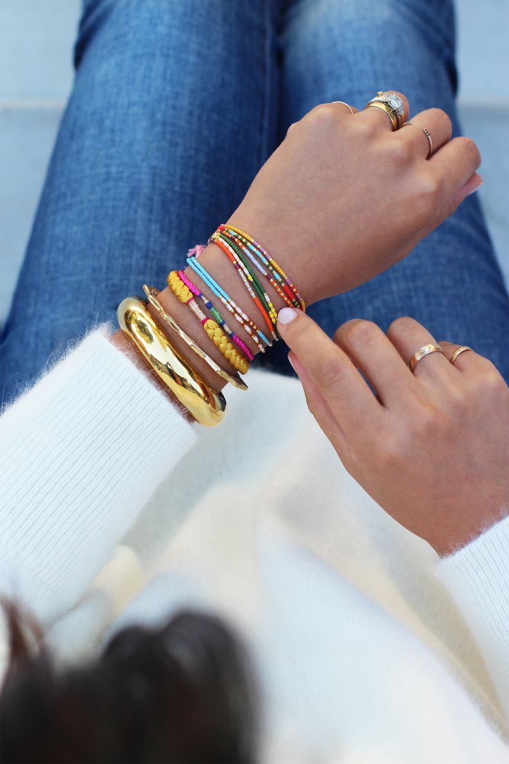 I am super intrigued by this DIY Morse Code bracelet using Miyuki Delica Seed Beads (super tiny, perfectly uniform, and come in nearly every shade of color imaginable)...