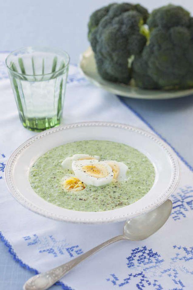 """""""God och billig LCHF-soppa som är smart att laga mycket av och frysa in det som inte går åt med en gång."""" – LCHF"""