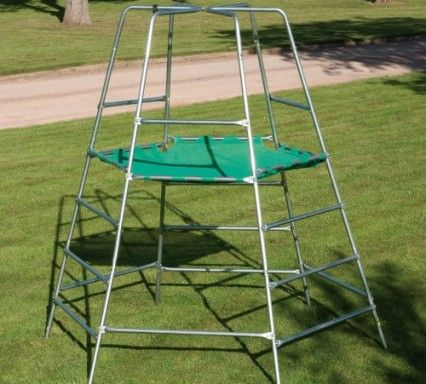 TP explorer2 frame & platform - the climbing frame that grows with your child. It can be built at 2 levels