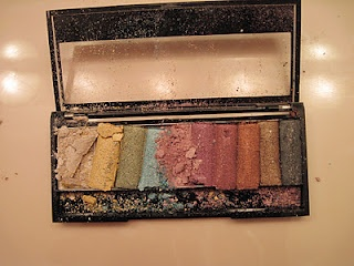 what to do with broken eyeshadow