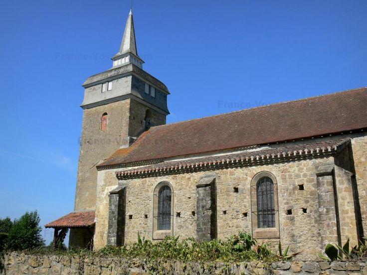 N'oubliez pas de visiter la tour Termes-d'Armagnac, un des monuments historiques dans le Gers